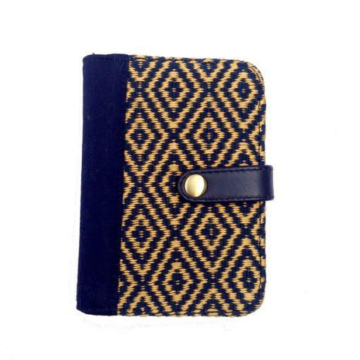 qury passport case bella aborigen
