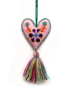 Corazoncito bordado - bella aborigen